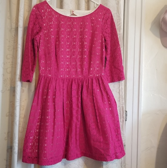 Lilly Pulitzer Dresses & Skirts - Lilly Pulitzer magenta pink lace dress